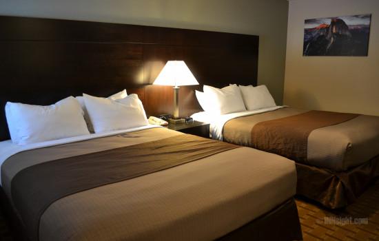Room #601 2 Queen Bedroom