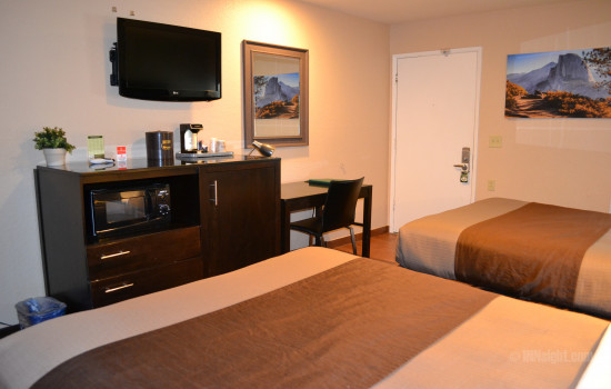 Flatscreen TV and Desk Area in Room #611