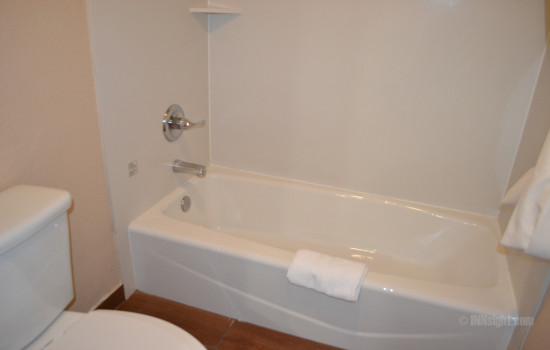 Full Bathroom with Tub & Shower Combination