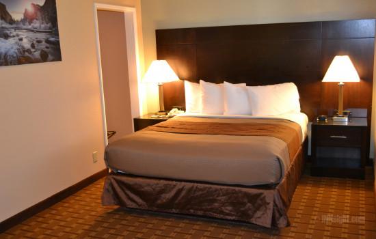 #611 Queen Bedroom